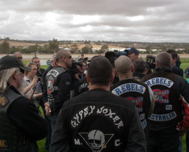 What is a 3% Motorcycle Club?