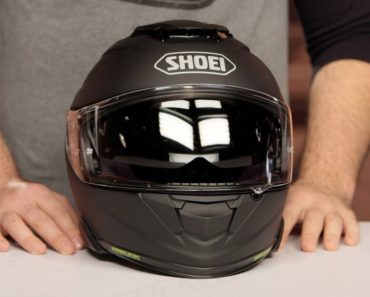 The Five Best Full Face Motorcycle Helmets Money Can Buy
