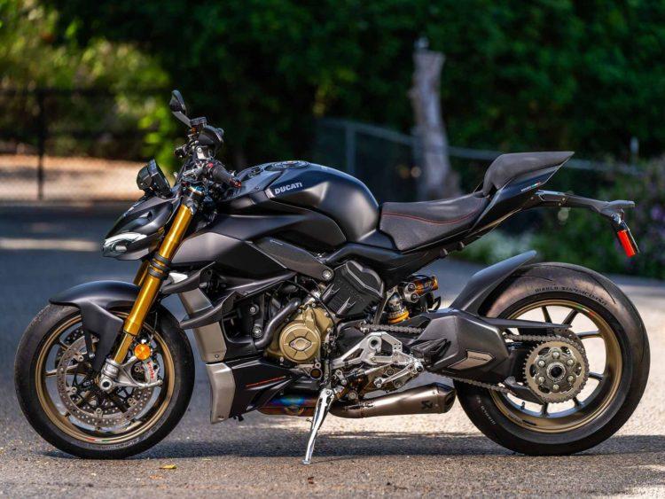 2021 Ducati Streetfighter S Build