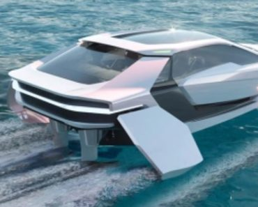 The Arc One: A New 475 HP Electric Speedboat