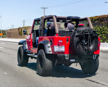 What is a Jeep Death Wobble?