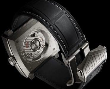 A Closer Look at The TAG Heuer Monaco Titan