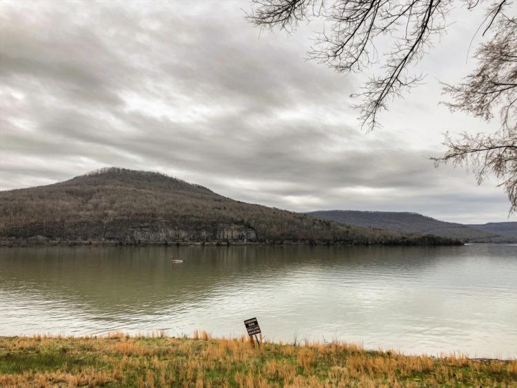 Nickajack Lake