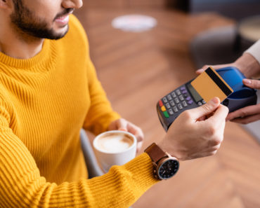 The 10 Best Credit Cards for Sports Fans