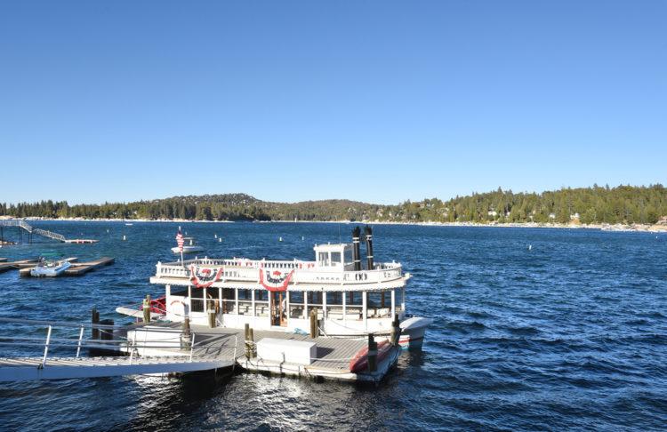 Arrowhead Queen (Tour Boat)