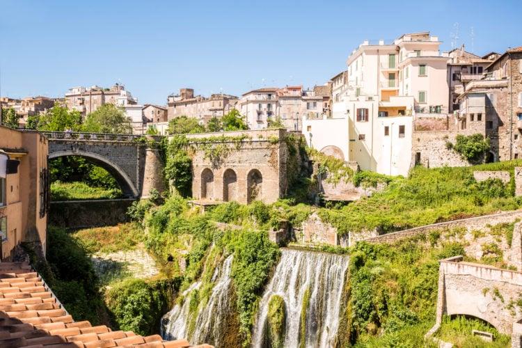 Ponte dei Sepolcri o di Vopisco