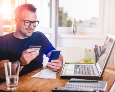 10 Credit Cards That Offer the Best Signup Bonuses in 2021