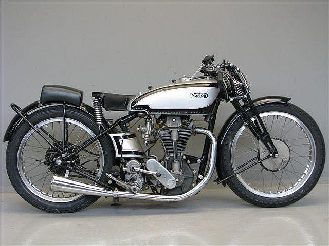 1932 Norton Commando