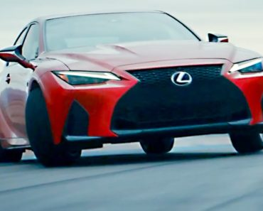 A Closer Look at The 2022 Lexus IS500 F Sport Performance