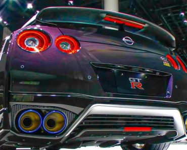 A Closer Look at the 2022 Nissan GT-R T-Spec