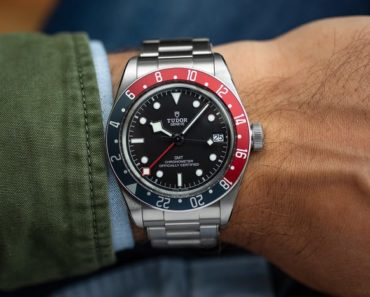 A Closer Look at the Tudor Black Bay GMT
