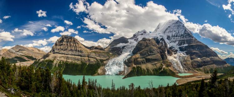 Berg Lake, British Columbia