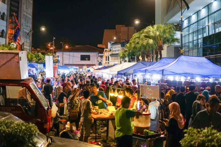 Pasar Karat