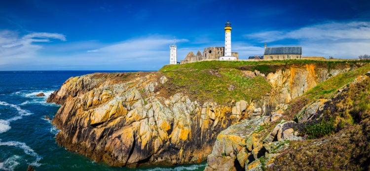 Enjoy some panoramic views at Tour Bretagne
