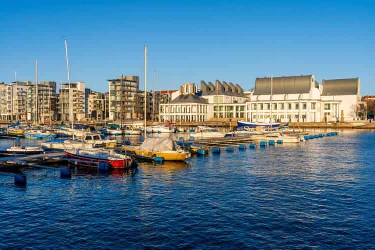 Take a Stroll Around Norra Hamnen