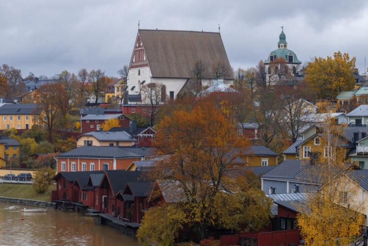 Admire the architecture at Tuomiokirkko