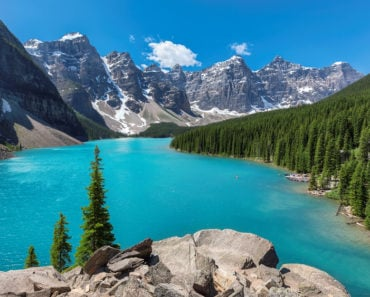 The 20 Best Lakes to Visit in Canada