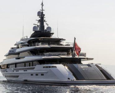 "A Closer Look at Rossinavi's 230-Foot Yacht ""Polaris"""